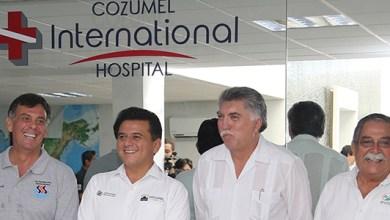 "Photo of Fredy Marrufo inaugura el ""Cozumel International Hospital"""