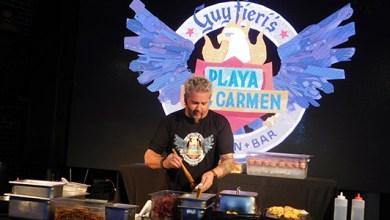 Photo of El Chef y afamado rock star Guy Fieri inaugura su restaurante en Playa del Carmen