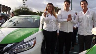 """Photo of @RembertoEstrada entrega las primeras """"Patrullas Verdes"""" a la Dirección de Ecología"""