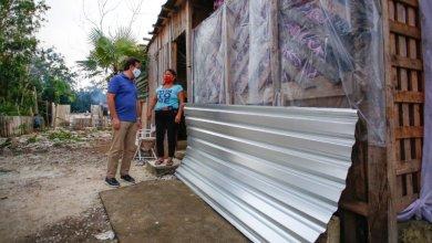 Photo of Continúa entrega de láminas en Cozumel