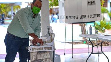 Photo of @juancarrillo58 reconoce a ciudadanos por ejercer su voto