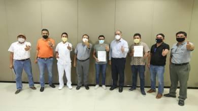 Photo of Entrega CROC constancias a delegados sindicales en Xcaret