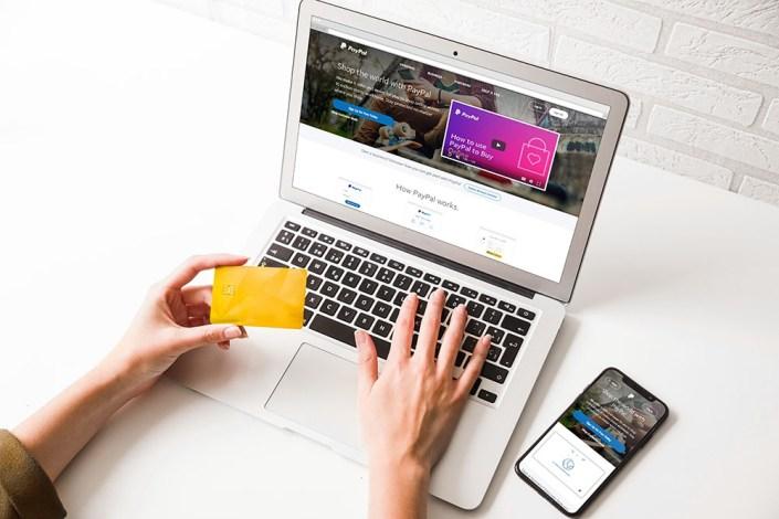 download this laptop psd mockup for presentation designhooks