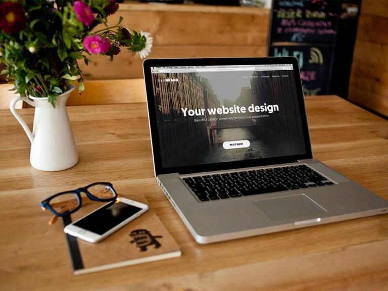 laptop mock up design free psd free mockup