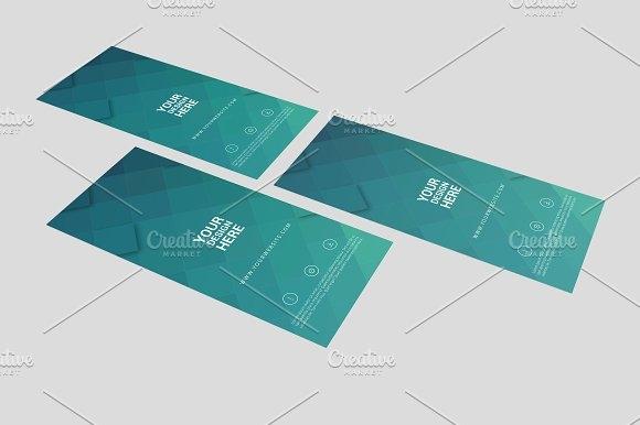 rack card and brochure mockup 6