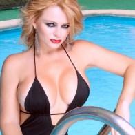 Sandra Muñoz: Actriz y modelo que fue esposa del narcotraficante Reynaldo Sierra Murcia, jefe de un cartel de la droga en Bogotá.