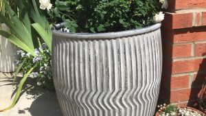 Large Zinc Plant Pot Holder For Garden Dolly Tub Candle