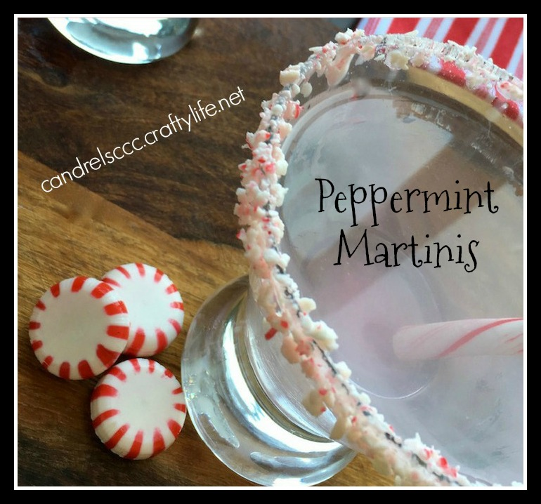 Refresh Your Holidays Cocktails with a Peppermint Martini