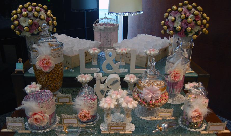 JOandJARS_CandyBuffet_Wedding_Vintage_Pink_White_Gold_MandarinOriental