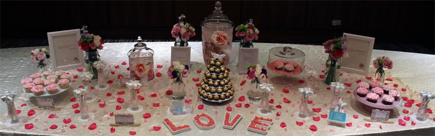 JOandJARS_CandyBuffet_Wedding_Amara_Sentosa_Pink_Fuchsia