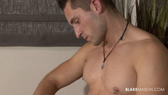 blakemason-Dominic-solo (2)