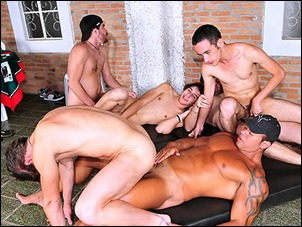 badboypass-Hottie_boys_getting_down_and_dirty