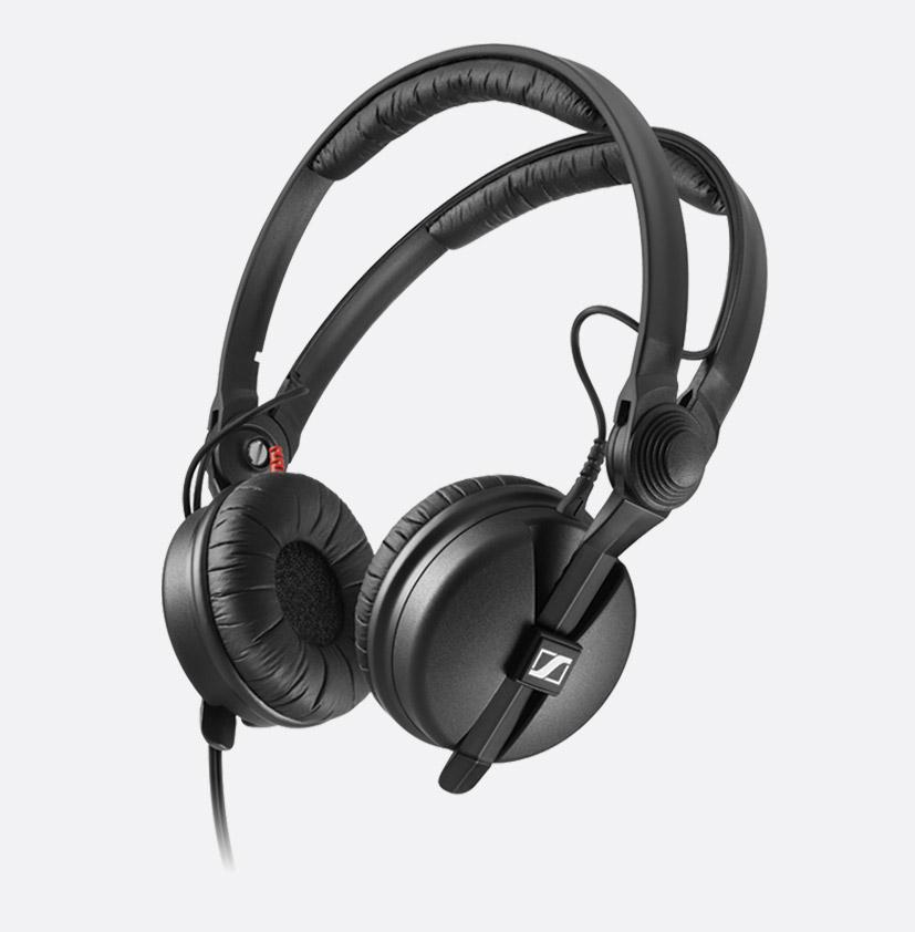 Sennheiser Hd 480 Ii Headphones 1700 Ohms Wired Stereo 3 5mm A Gauge Plug