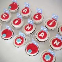 Snoopy Cupcake