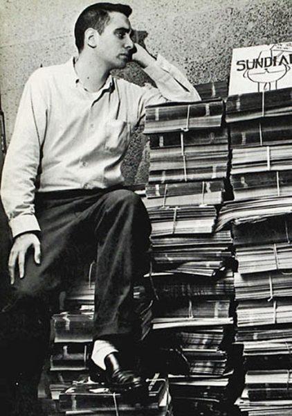 R.L. Stine en 1965, cuando publicaba en el Sundial