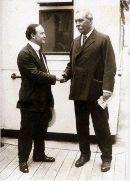 Cazafantasmas5_Conan Doyle vs Houdini