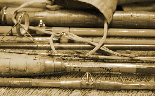 Canne à pêche ancienne en bambou