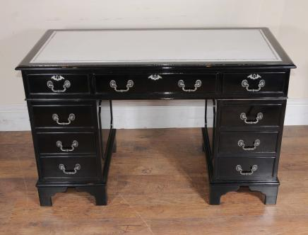 Art Deco Pedestal Buraco Knee Desk