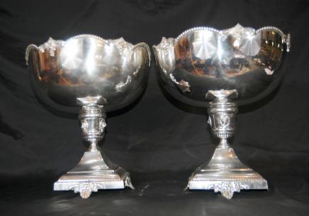Paar Engels Verzilverd Punch Bowls