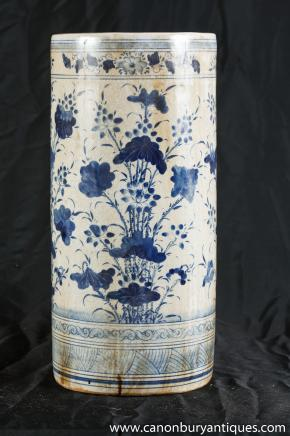 Nanking Pottery Umbrella Stand Vase Blue White Chinese Pottery