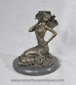 French Art Deco Bronze Nude Female Figurine by Colinet