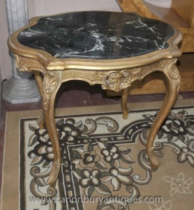 French Louis XVI Gilt Side Table Cabriole Legs Tables