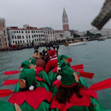Canoa-kayak: Corteo di Babbo Natale 2018