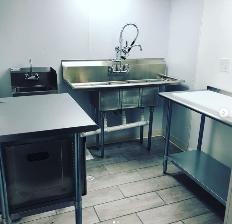 how do i build a commercial kitchen at