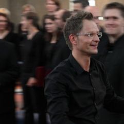 "Matthias Topp, Konzert ""Licht, Nacht, Frieden"", Juni 2011, St. Anno Siegburg (Foto: Bernd Delbrügge)"
