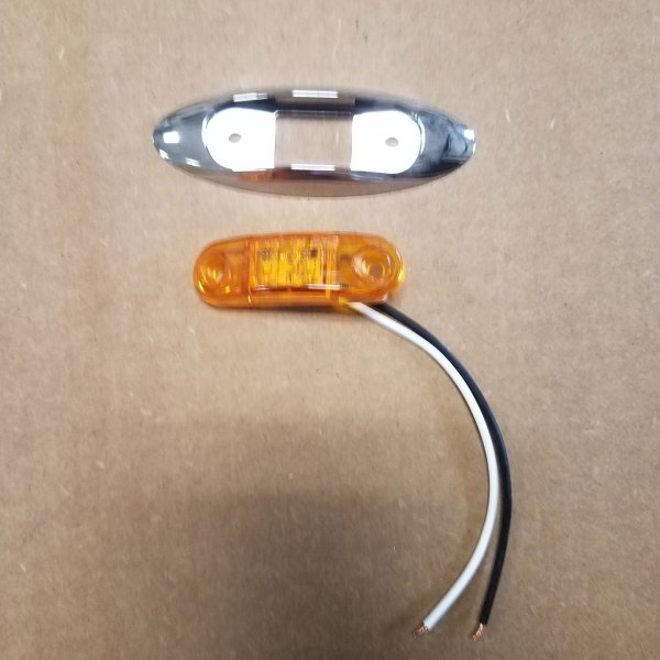 322BAK AMBER LED CLEARANCE LIGHT W/ BRACKET