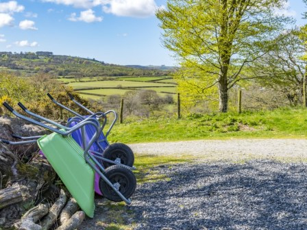 The wheelbarrows waiting to whisk your belongings to your accomodation