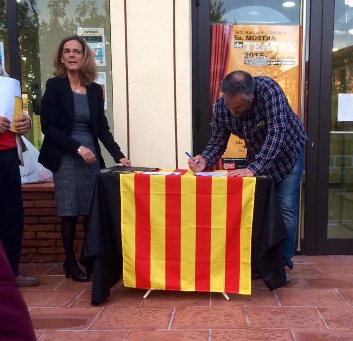 Signatura amb l'ANC de Vilamajor
