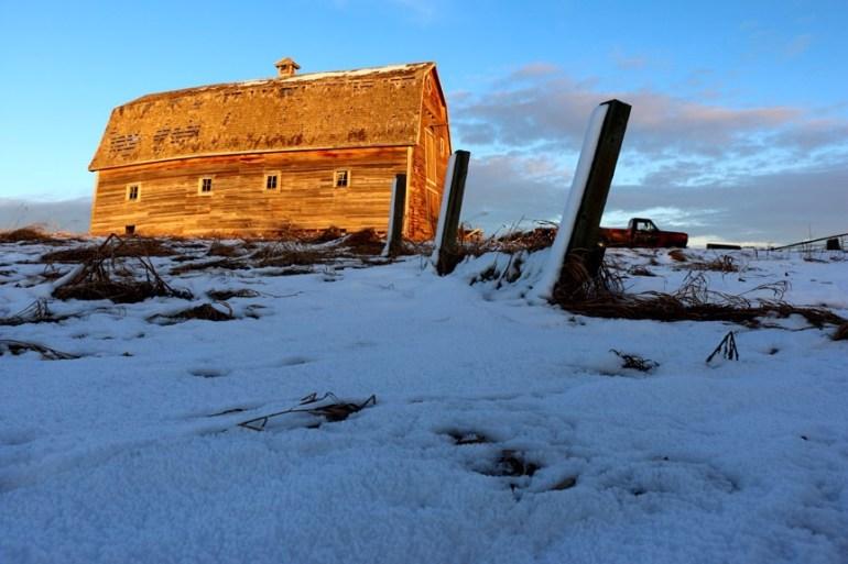 Southern Alberta Barn. Photograph by Bob Agar 2015