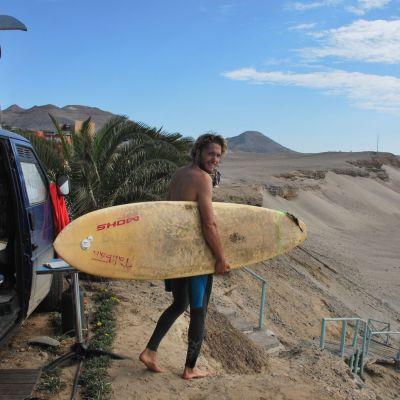 Puerto_Chicama_Surf