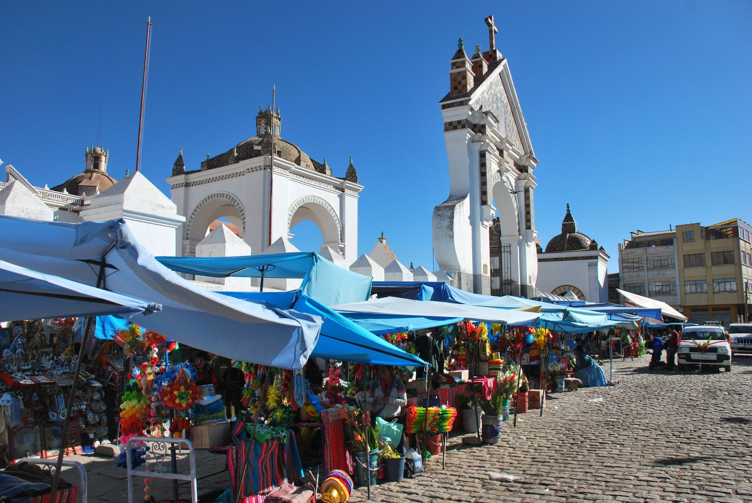 Bolivie_Copacabana_Church