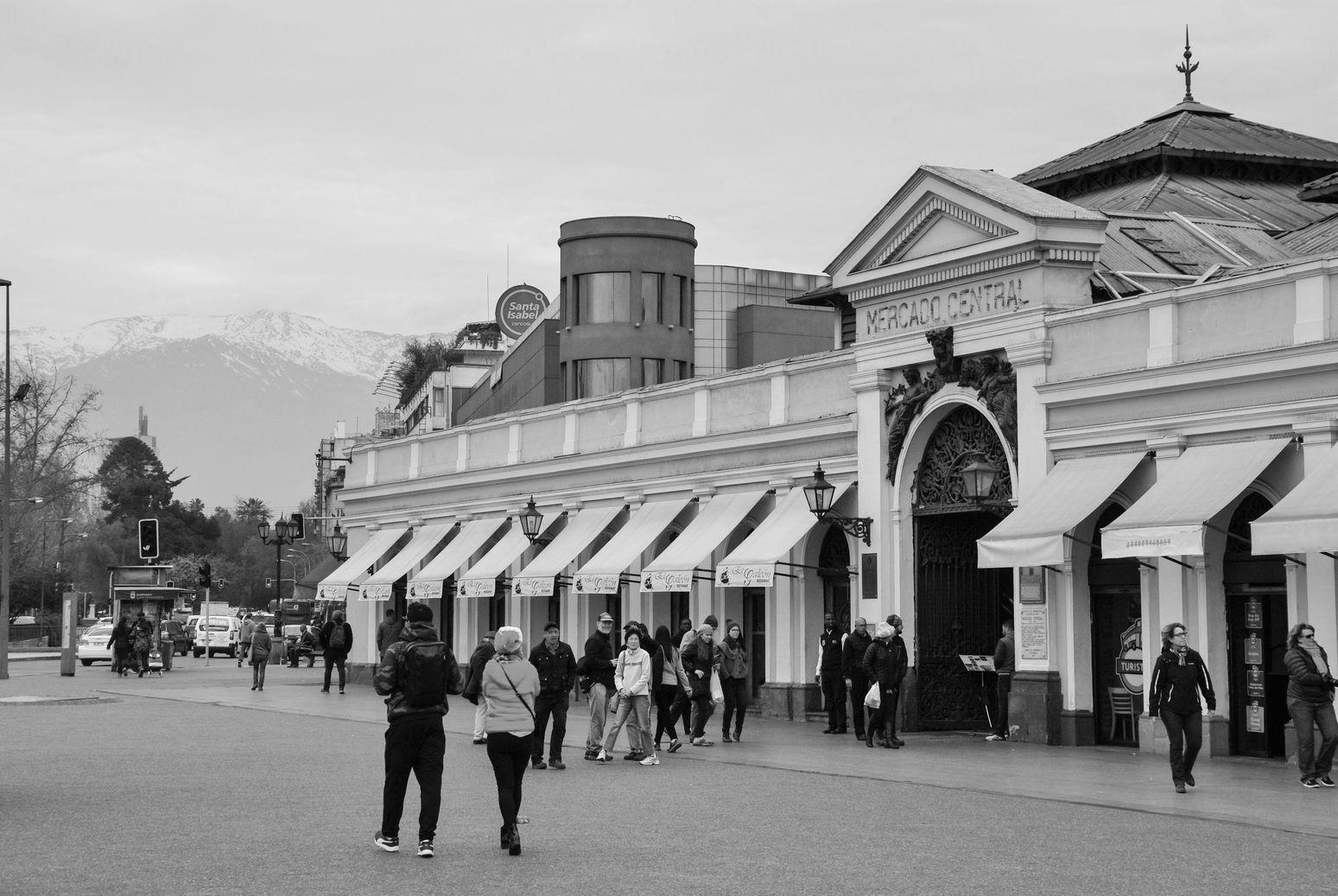 Mercado_Central_Santiago_NB