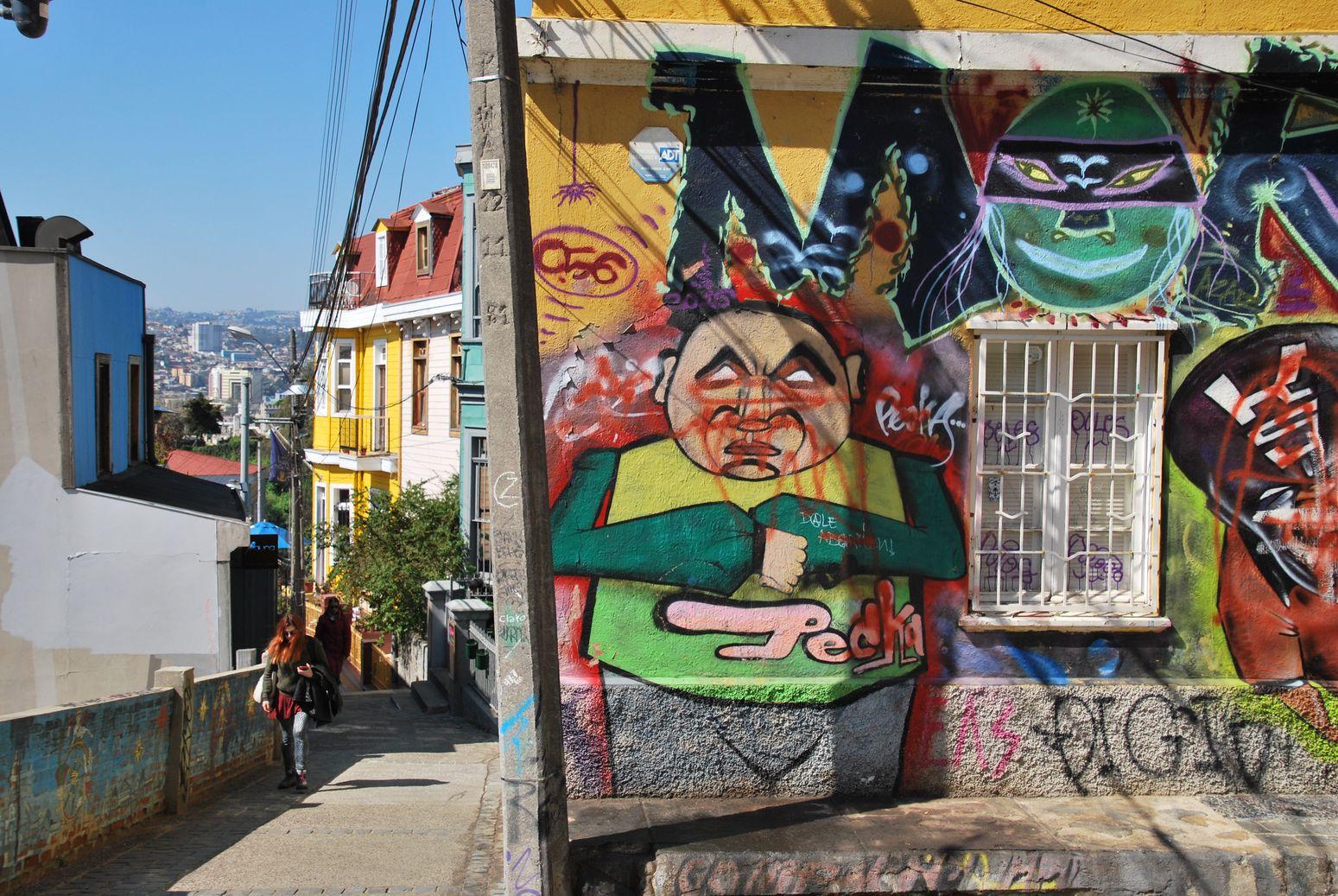 Valparaiso_Street