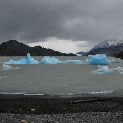 El_Paine_Iceberg