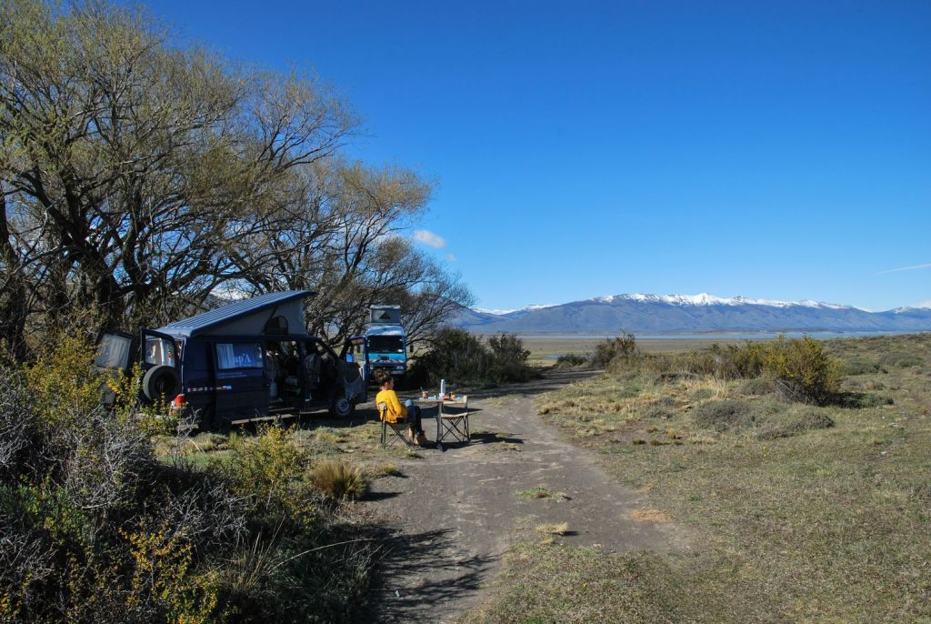 Glacier_Perito_Moreno_basecamp