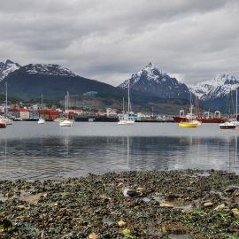 Ushuaia_harbour