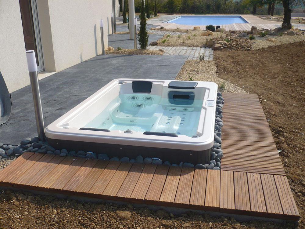 Abords piscine 37