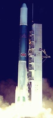El cohete Delta 2313 con el satélite Skynet 2A
