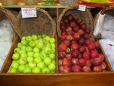 Fresh apples at Peregrine Farmstall