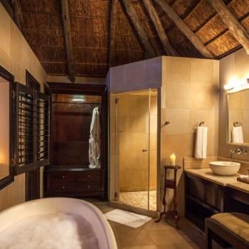 Kichaka Luxury Game Lodge Bathroom View