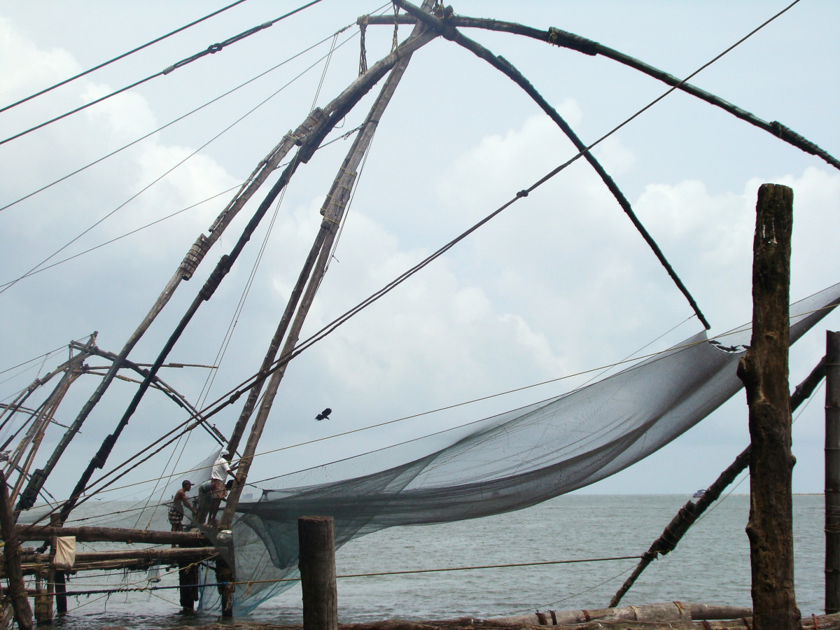 Chinese fishing nets at Fort Kochi // India