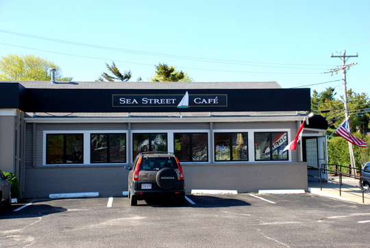 Best Seafood Restaurant In Hyannis Massachusetts The Top 19Best Seafood Restaurant In Hyannis Ma   Amazing Bedroom  Living  . Seafood Restaurants Hyannis Ma. Home Design Ideas