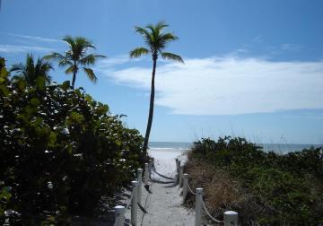 Zugang zum wunderschönen Strand in Fort Myers Florida