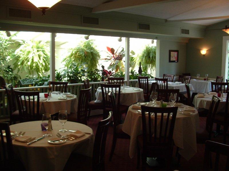 Seafood Restaurants Open Today