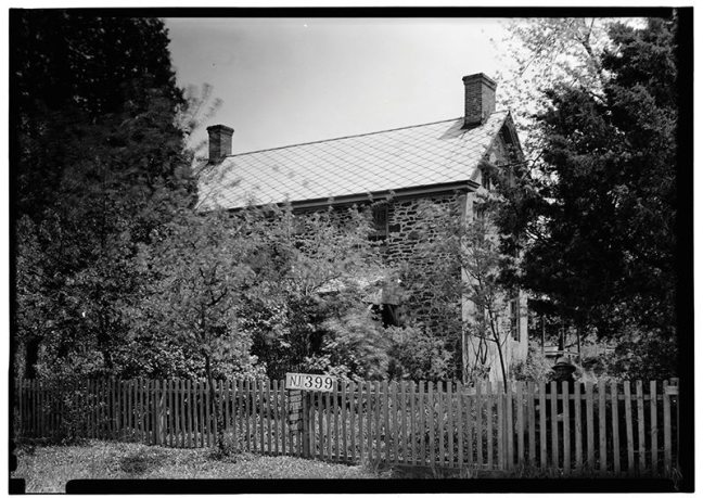 Japhet Leeds House, Moss Mill Road, Leeds Point, Atlantic City, NJ. Historic American Buildings Survey. Photograph taken by Nathaniel R. Ewan on May 7, 1937. Since Japhet Leeds named 12 children in a 1736 will, his wife has been identied as a possible candidate for Mother Leeds. [Source: Wikipedia]