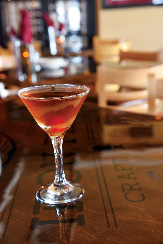 Cocktail: Spiced Apple Manhattan